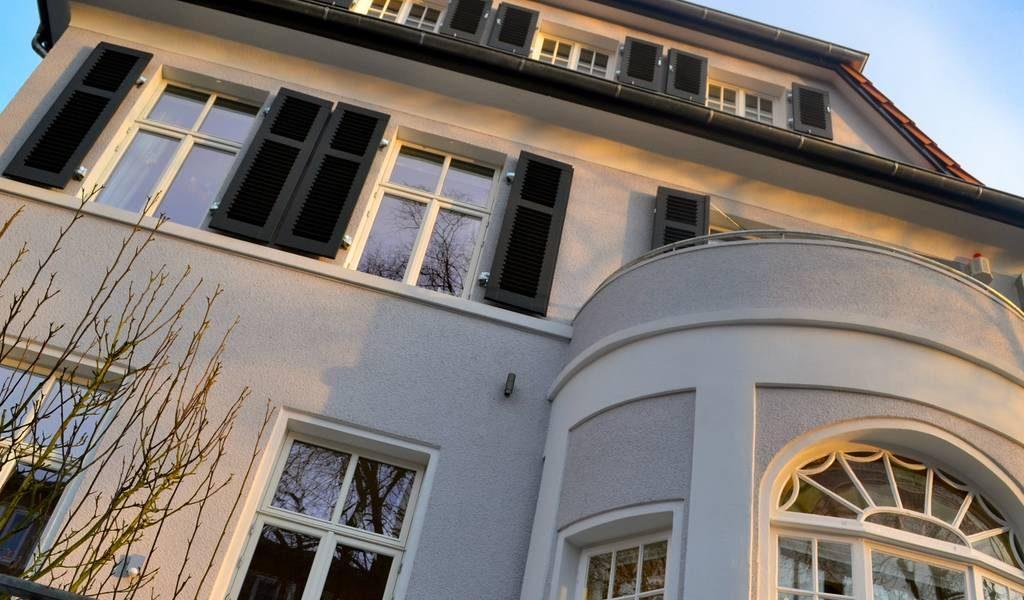stadthaus holzfenster 1024x600_k70