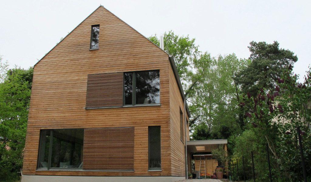 Architektenhaus in holzrahmenbauweise mit Berliner Holzfenstern